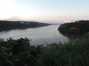 Hito tres fronteras puerto iguazú (arg)