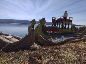 Isla Uros titicaca