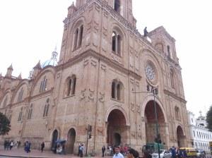 Catedral nueva cuenca ecuador