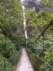 Cascada Machay Baños Ecuador