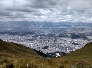 vistas desde el teleferiqo quito ecuador