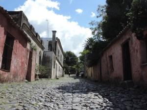 calle suspiros colonia sacramento uruguay